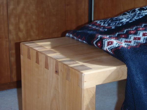 alpenholz m bel von hier. Black Bedroom Furniture Sets. Home Design Ideas